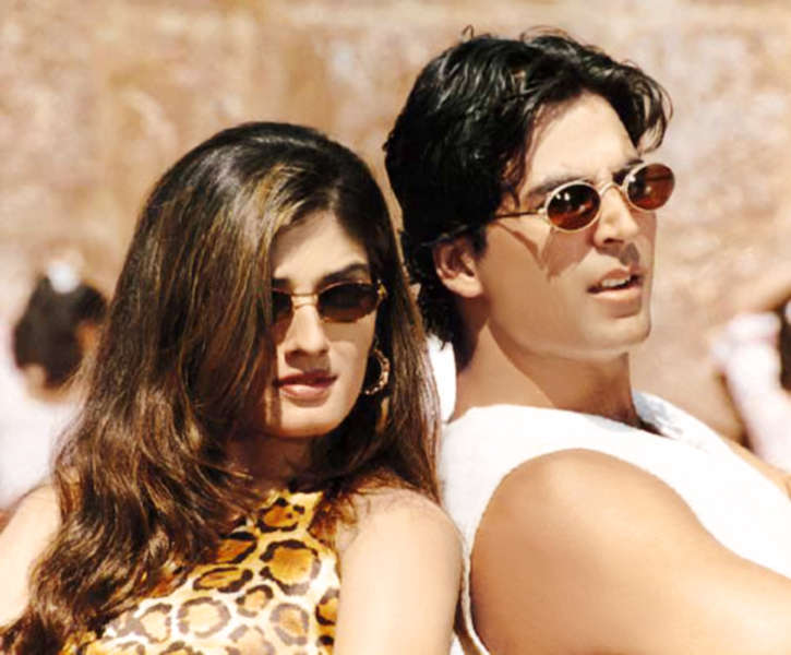 "Raveena Tondon and Akshay Kumar to Judge a TV Show ""The Great Indian Laughter Challenge"" Together."