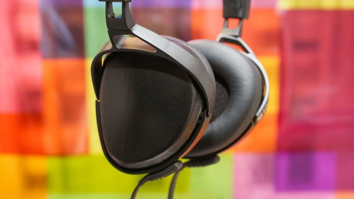 audeze-sine-headphones-03