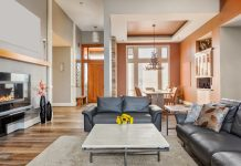 How to start your own home staging business