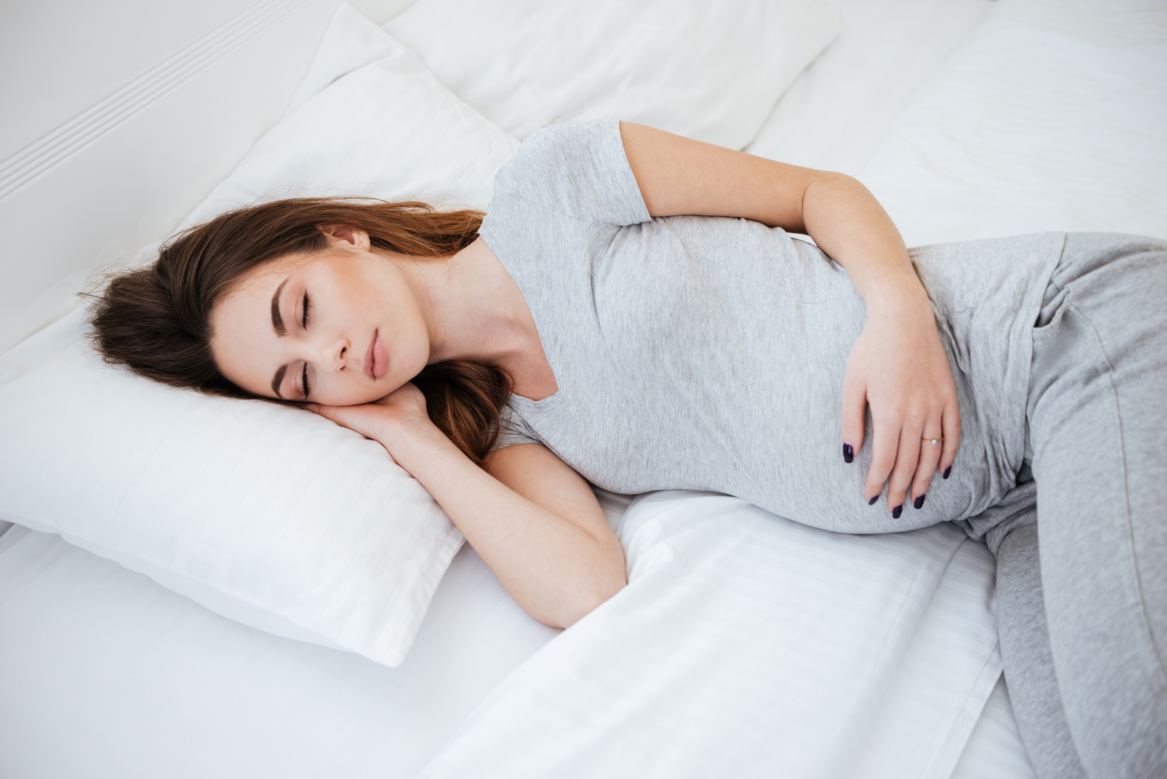 Pregnancy and Sleep: How To Get A Good Nights Rest While Pregnant
