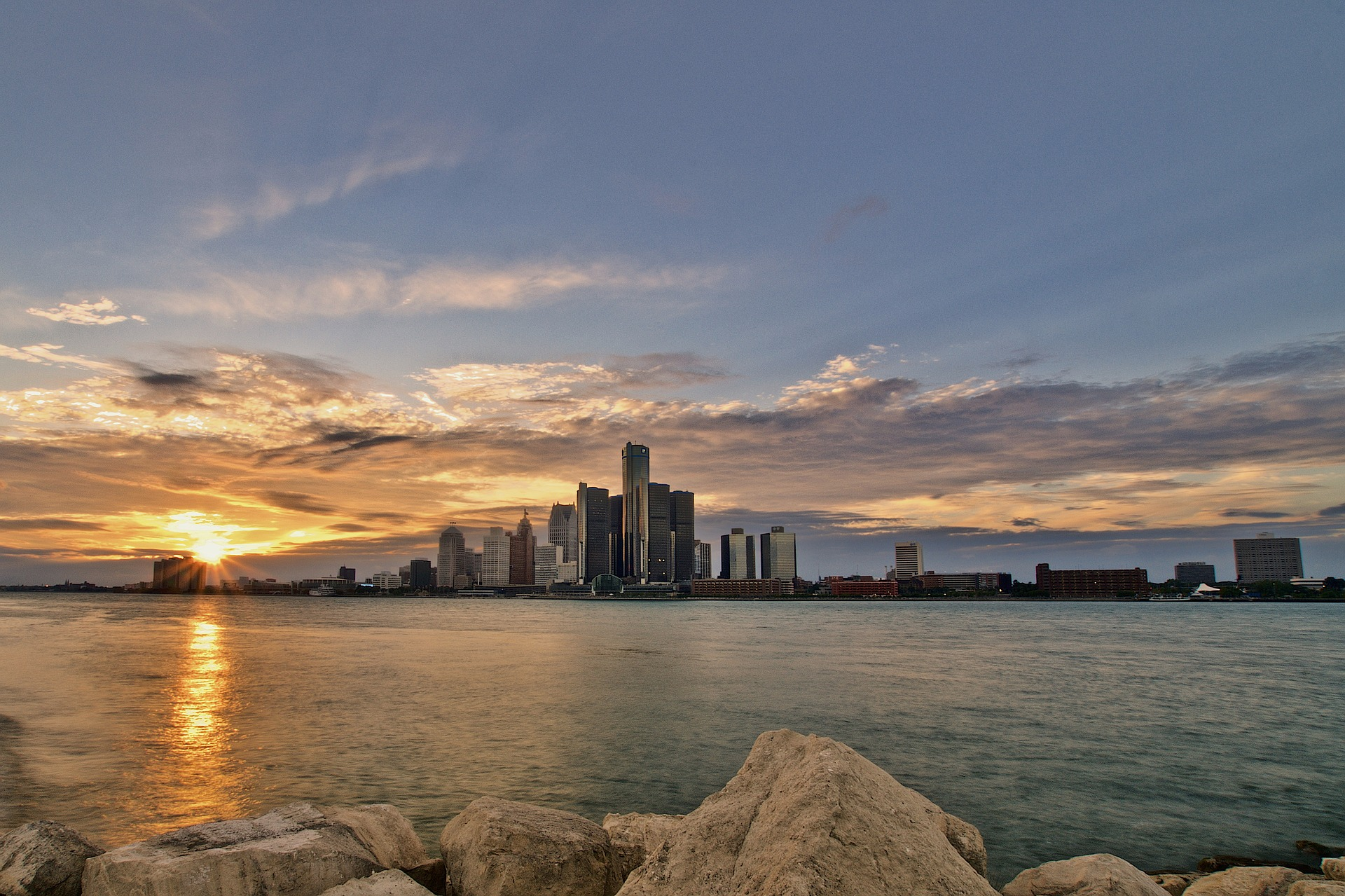 The First-Timer's Travel Guide to Michigan