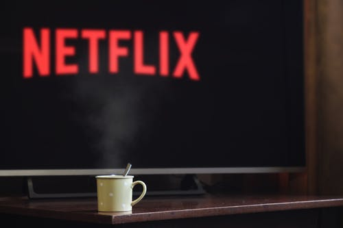 Does Netflix show a local TV?